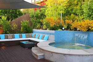 outdoor-jacuzzi-ideas-Patio-Contemporary-with-bench-light