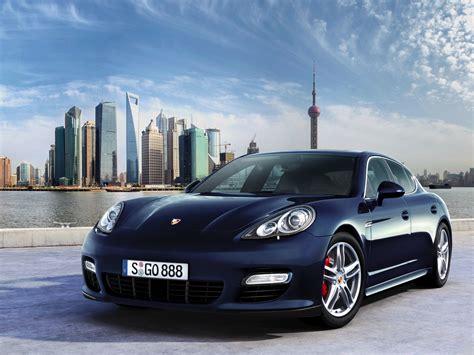 Porsche 918 Spyder 2013 Wallpaper