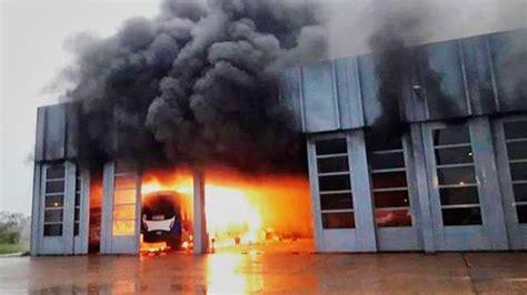 "Incendio Consumió Galpón De La Concesionaria ""mega Sa"" En"