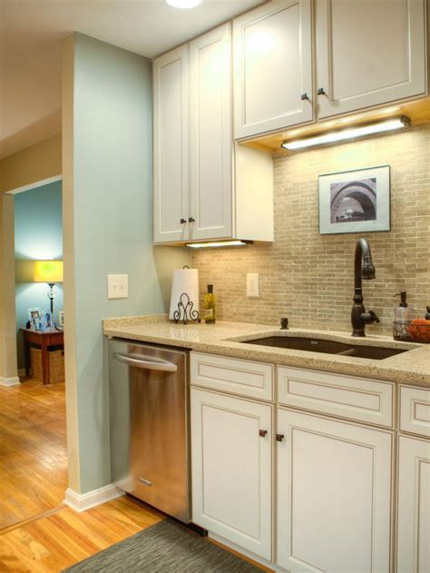 lights in kitchen cabinets 7 best design ideas images on kitchen small 7075