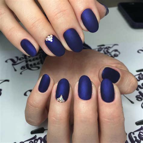 Farbe Matt Machen by Style Nagellack Matt Blau Strasssteine Ringfinger Design