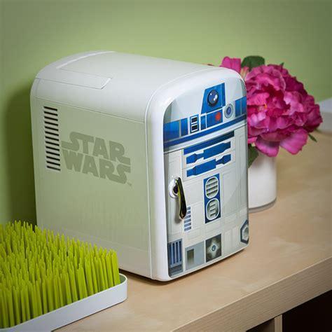 Star Wars R2 D2 Mini Fridge   ThinkGeek