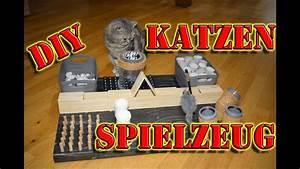 Bootslack Für Holz : fummelbrett f r katzen katzenspielzeug selber bauen intelligenzspielzeug f r katzen selber ~ Orissabook.com Haus und Dekorationen