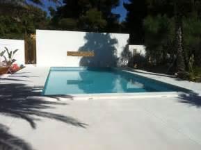 beton cire exterieur piscine meer dan 1000 idee 235 n terrasse beton op terrasse beton imprim 233 terrasse b 233 ton