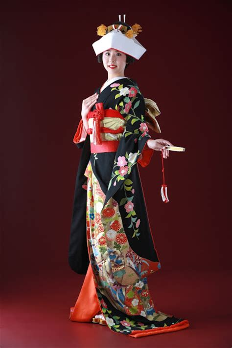 Traditional Japanese Wedding Kimono by De Co Decollte Photography 德可莉日本專業婚紗攝影 Introduction
