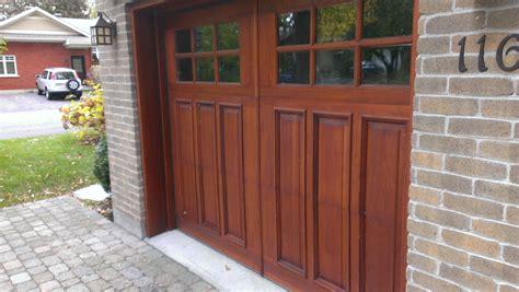 entretenir une porte de garage en bois probois
