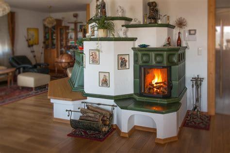 Wohnzimmer Mit Kachelofen by Referenzen