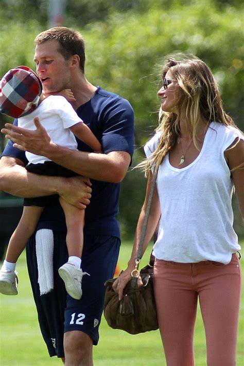 Tom brady later shared a family photo, featuring his parents, tom brady sr and galynn, and his three sisters. British Vogue on | Gisele bundchen, Gisele, Tom brady