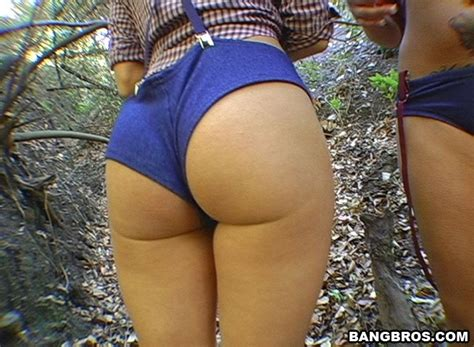 ass sex booty in the woods wood in the bo xxx dessert