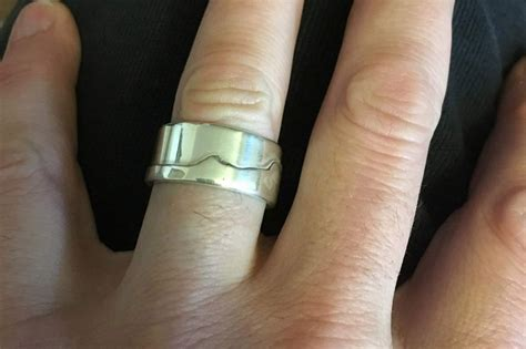 man who lost wedding ring in ocean reunited with it thanks
