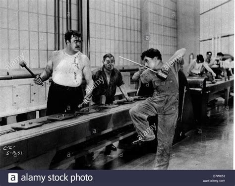 les temps modernes modern times 233 e 1936 usa chaplin tiny stock photo royalty free