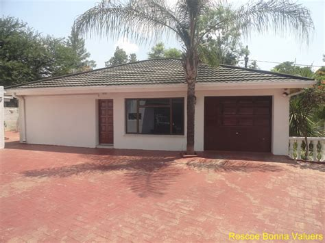 three bedroom houses top three bedrooms for rent on beautiful 3 bedroom house