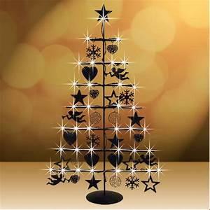 Weihnachtsbaum Metall Design : weihnachtsbaum aus metall schwarz von thomas philipps ansehen ~ Frokenaadalensverden.com Haus und Dekorationen