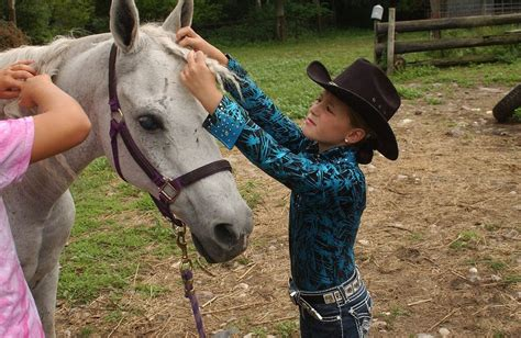 blind horse keeps competitions minn tribune ron adams ap central west