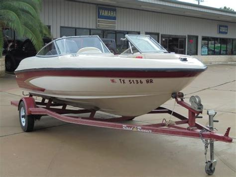 Glastron Boats Reviews by 17 Ft Glastron Boats For Sale