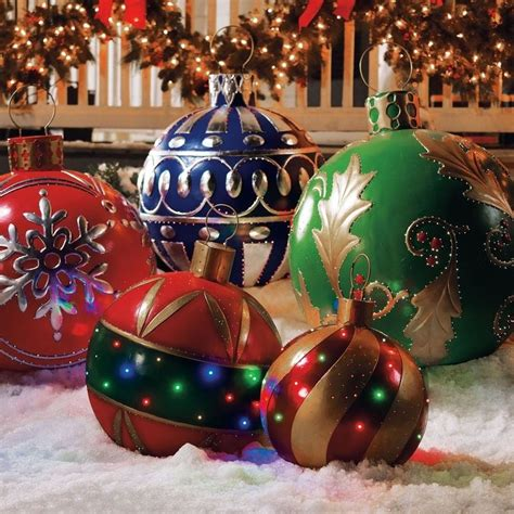 giant christmas ornaments  decorations