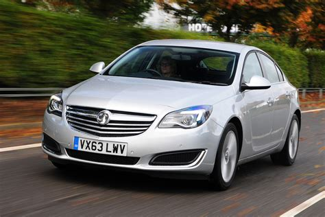 vauxhall ford ford mondeo vs vauxhall insignia pictures auto express