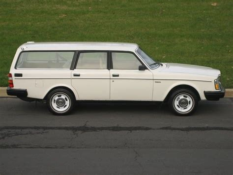 volvo station wagon volvo 240 station wagon volvo love pinterest