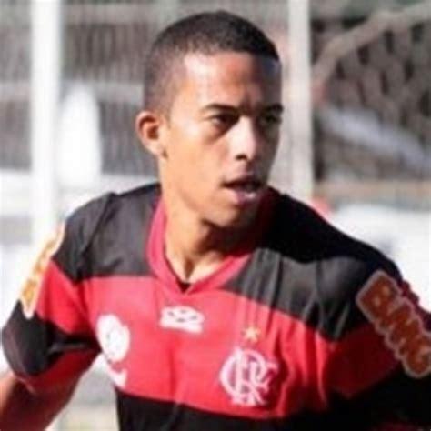 Fla aposta em jovem para fechar lista da Taça Libertadores