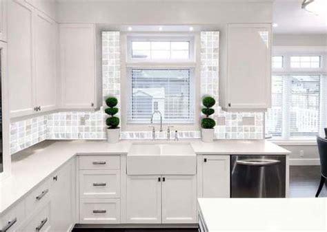 of pearl kitchen backsplash tile shell tiles kitchen backsplash tile of pearl mosaic 9790