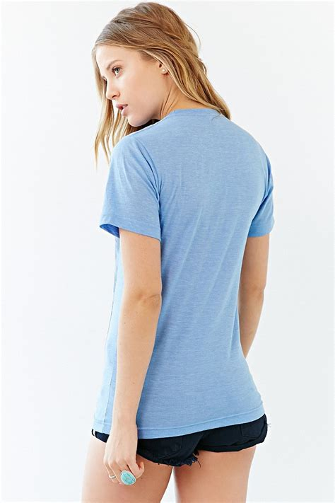Urban outfitters Young The Giant Waves Tee in Blue | Lyst