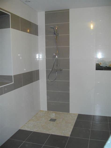 mitigeur pas cher cuisine salle de bain carrelage blanc