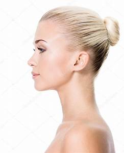 Profile portrait of young blond woman — Stock