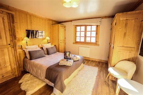 chalet chambre chalet pour 16 personnes à méribel chalet 8 chambres à