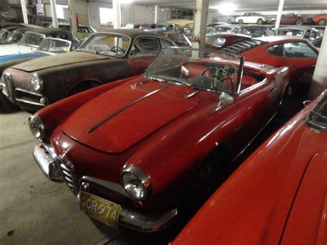 Alfa Romeo-1300 Spider Type 750