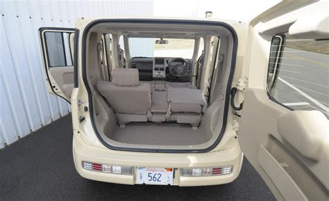 2014 nissan cube interior car and driver