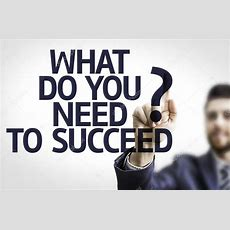 Board With Text What Do You Need To Succeed? — Stock