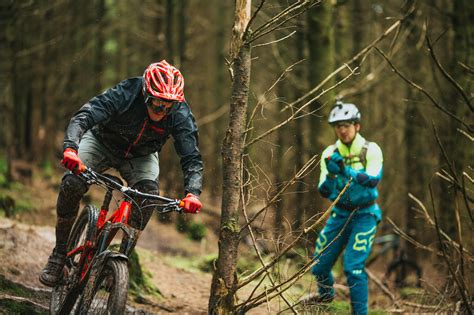 Our Favourite Mountain Bike Half Face Helmets Right Now
