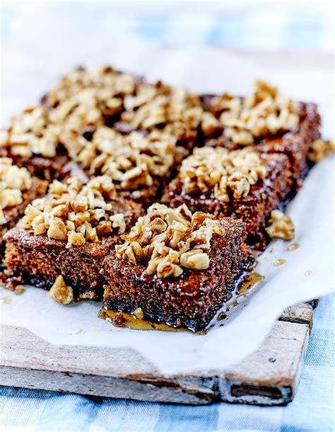 recette de cuisine 2 karidopita ou gâteau aux noix crétois pour 6 personnes