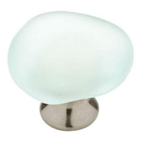 knobs for kitchen cabinets kitchen knobs on sea glass knobs and drawer pulls 8516
