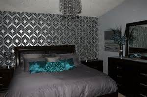 Teal Bedroom Wallpaper by 17 Best Images About Teal Silver Bedroom On Pinterest