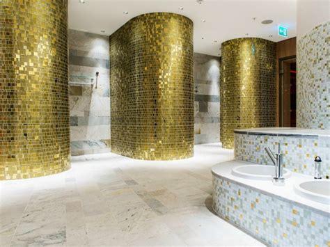 Fliesen Farbe Perlmutt by Mosaik Fliesen Badezimmer Gold Weiss Perlmutt Waschbecken