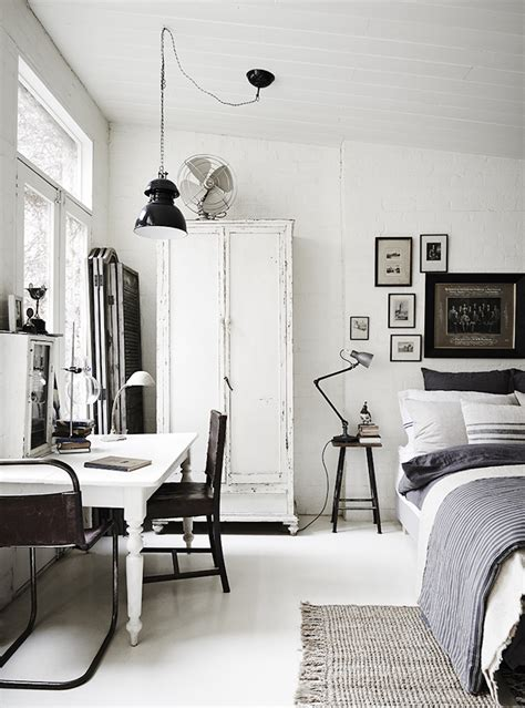 white room vintage  rustic interiors