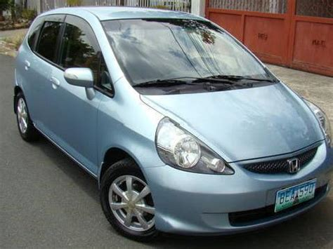 Honda headlight is designed to accommodate different driving conditions. Honda jazz light blue | Mitula Cars