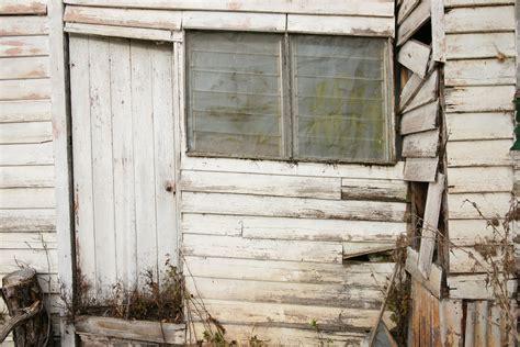 background image   abandoned building walls  door