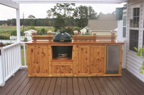 Outdoor Wood Cabinets by Choose The Best Material For Your Outdoor Kitchen Cabinet