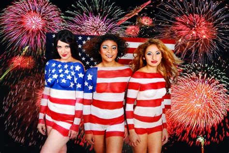 Chicago Boat Party 4th Of July by Here S Your List Of Chicago Suburb Events In July