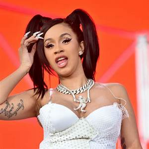 Cardi B Countersues Her Former Manager For 15 Mn