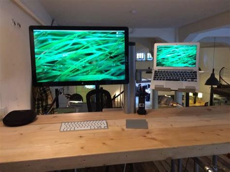Bretford Mobilepro Desk Mount Combo by Chris Chrism Mien