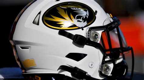 Picks: Who are the experts taking in LSU-Missouri?