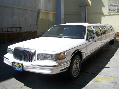 Town Car Limousine by 1997 Lincoln Town Car Limousine Lincoln Limos