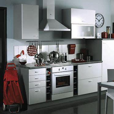 cuisine compacte design cuisines conforama des nouveautés aménagées très design