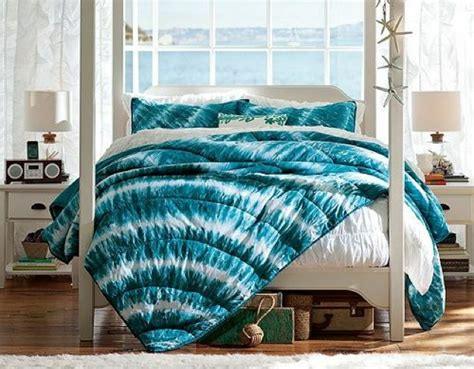 tie dye blue bedding on the hunt