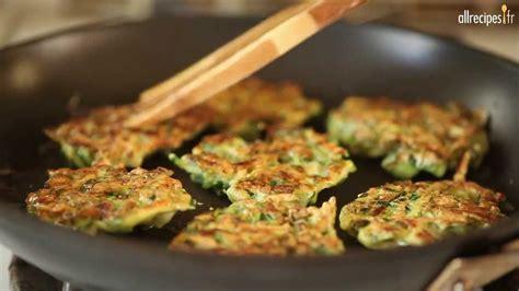 recette de cuisine avec des courgettes recette pour faire des galettes croustillantes aux courgettes