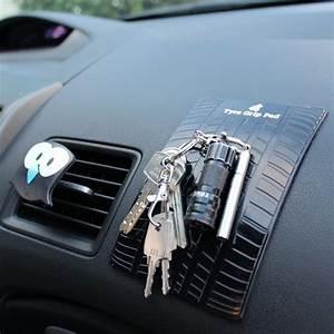 Geschenke Fürs Auto : rutschfeste matte f r dein auto ~ Jslefanu.com Haus und Dekorationen