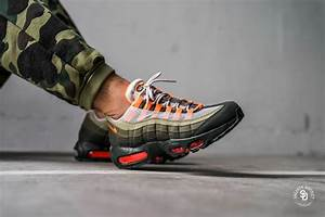 Nike Air Max 95 OG StringTotal Orange Neutral Olive